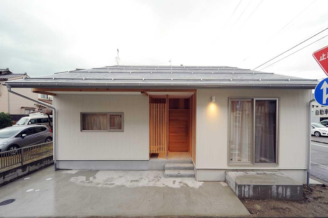 新潟市附船町の住処「猫と暮らす住まい」